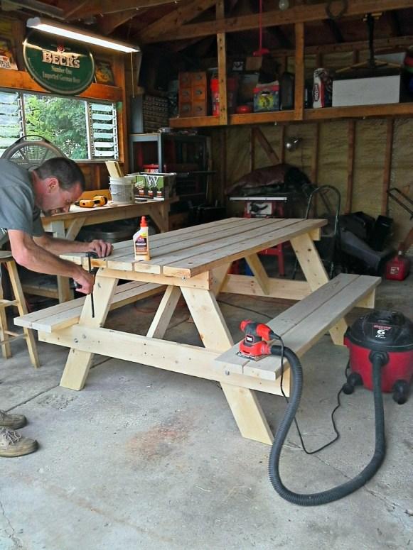 precut-picnic table