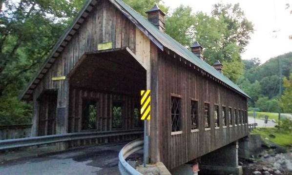 Smoly Mountain style-Gatlingburg covered bridge - StowandTellU.com