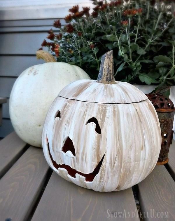 DIY White Jack O'Lantern - a ceramic orange Halloween pumpkin is painted with white and tan chalk paint - StowAndTellU.com