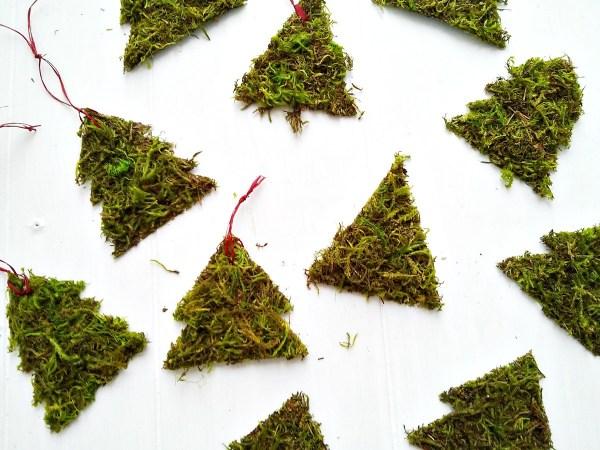 Handmade DIY Rustic Moss Christmas Tree Ornaments - StowandTellU.com