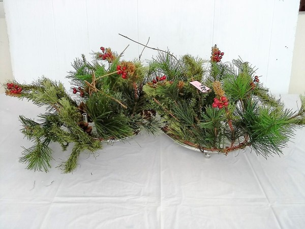 thrifted-christmas-decor