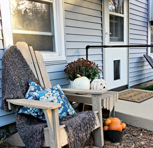 back-porch-stoop-painted