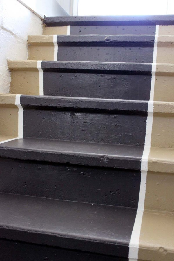 concrete-stairs-painted-runner