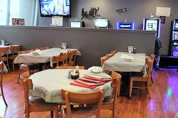 chicken-basket-rte-66-dining-bar