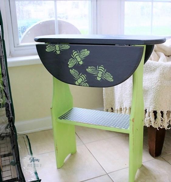 swarming-bee-stencil-folding-side-table