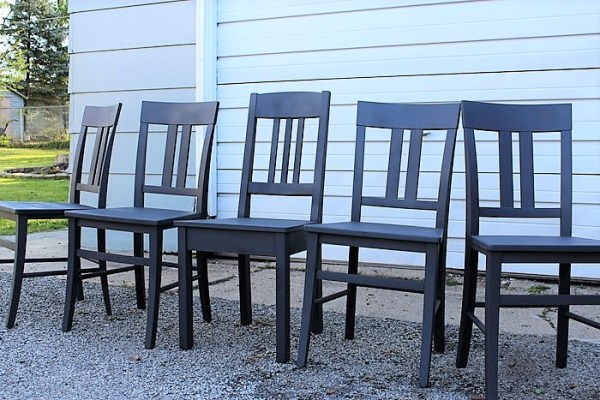 krylon-anvil-gray-chalky-finish-painted-chairs | stowandtellu.com