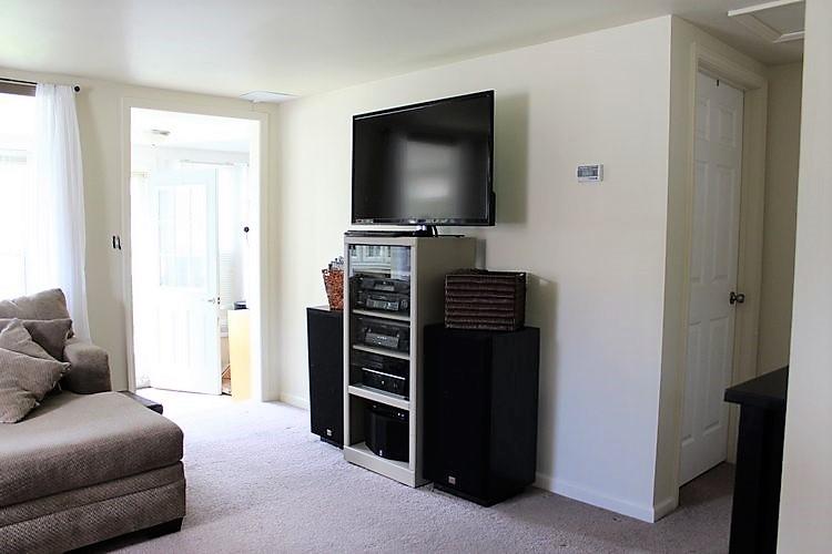 tv-speakers