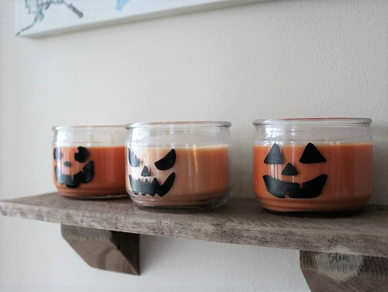 Jack O Lantern Jar Candles | Easy Halloween party decor ideas | Stowandtellu.com