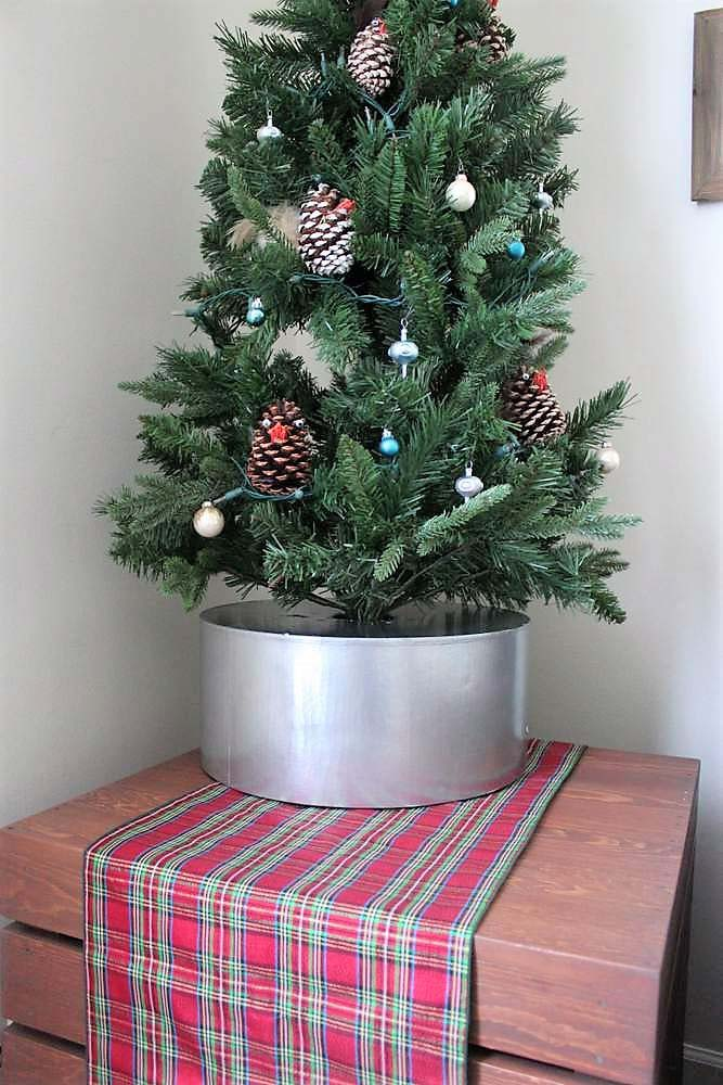 Faux Galvanized Bucket Diy Christmas Tree Collar
