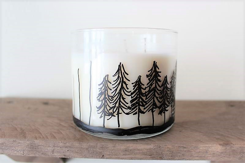 How to make Pine Tree Jar Candles with a paint marker | Stowandtellu.com