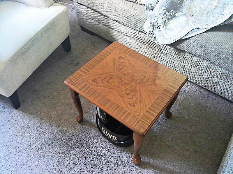 End table repuposed as a small space coffee table | stowandtellu.com