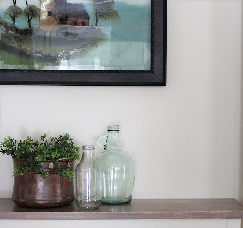 Tips on how to reuse picture frames | repainted picture frame | stowandtellu