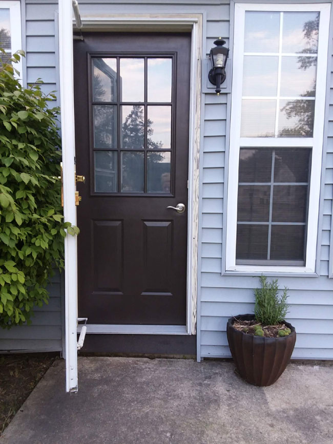 Painted Grid Door In Color Iron Gate SW | 10 Steps To Painting Grid Doors  And. Exterior View After