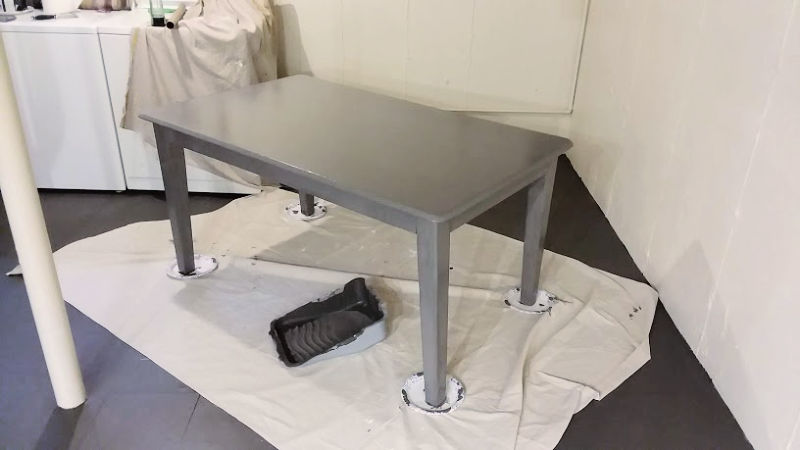 upcycled-painted-laundry-table