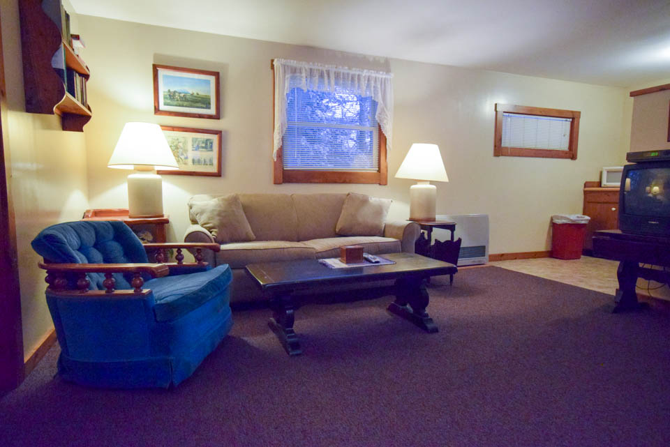 Stowe Cabins Family Room