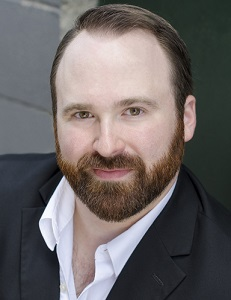 Kyle Tomlin Headshot-300