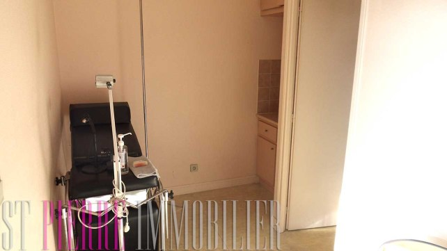 vente de bureau a niort avenue de la rochelle st pierre immobilier