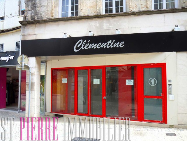 vente local commercial emplacement n°1 rue ricard à niort st pierre immobilier