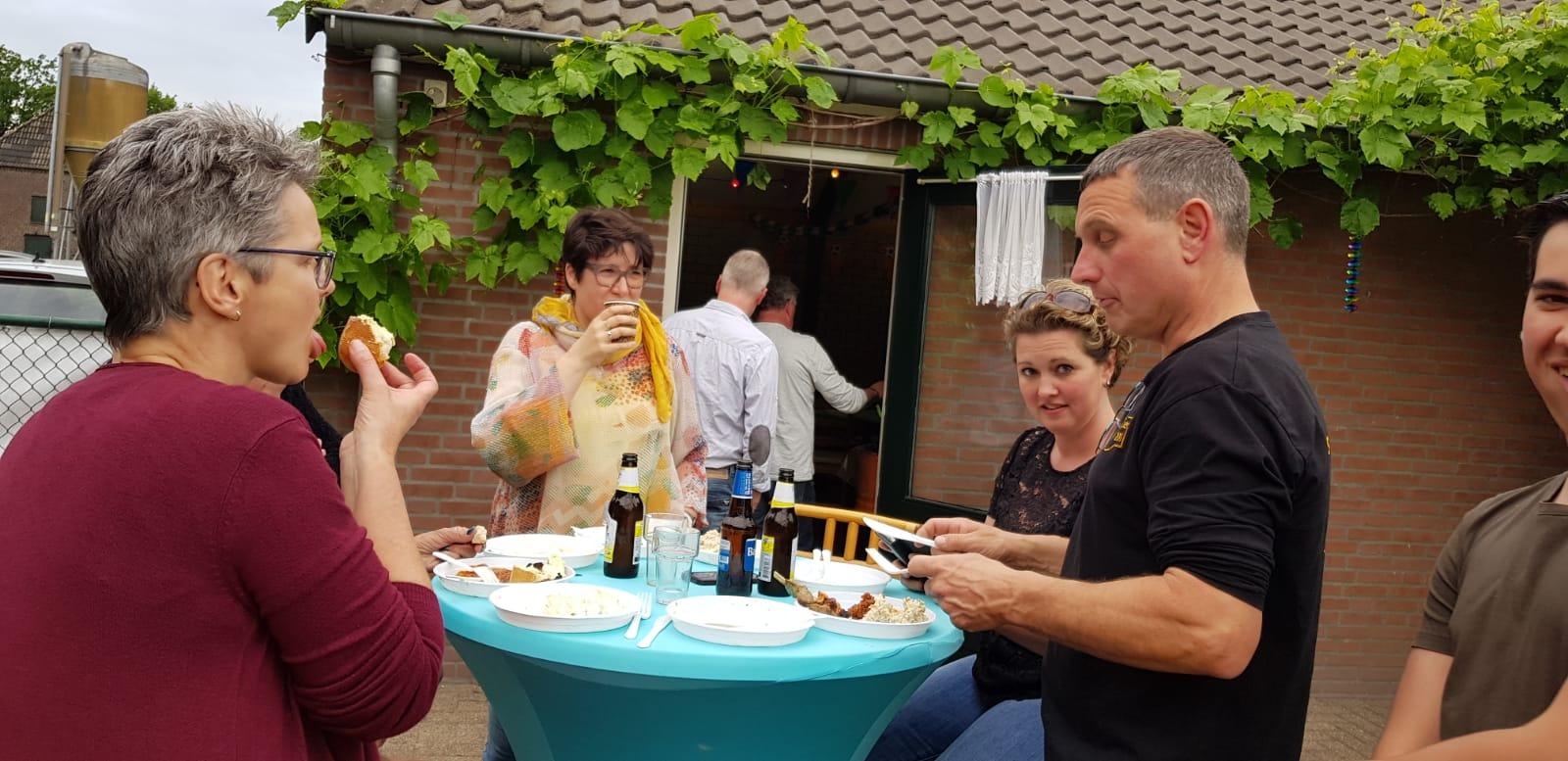 Foto's Hemelvaartsrit en BBQ op de site