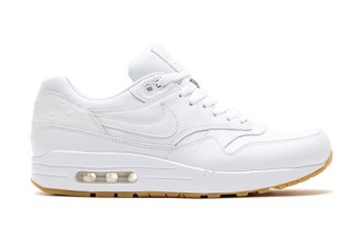 "Nike ""White and Gum"" Pack"