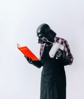 The-Daily-Life-Of-Darth-Vader-Is-My-Latest-365-Day-Photo-Project18__880