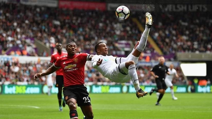 hot-shot-11-of-the-hottest-premier-league-photos-matchweek-2-august-19-20