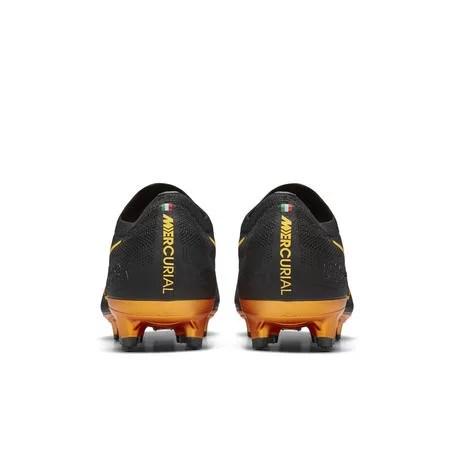 eden hazard black and gold boots
