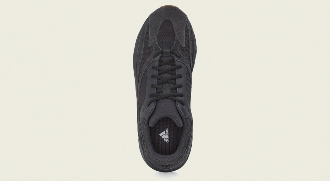 Yeezy boost 700 Utility Black Overview