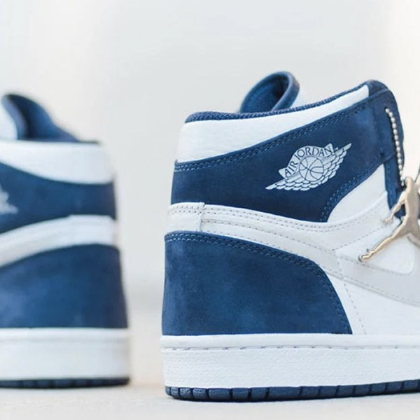 "Nike is bringing back the Air Jordan 1 ""Midnight Navy"" from 2001"