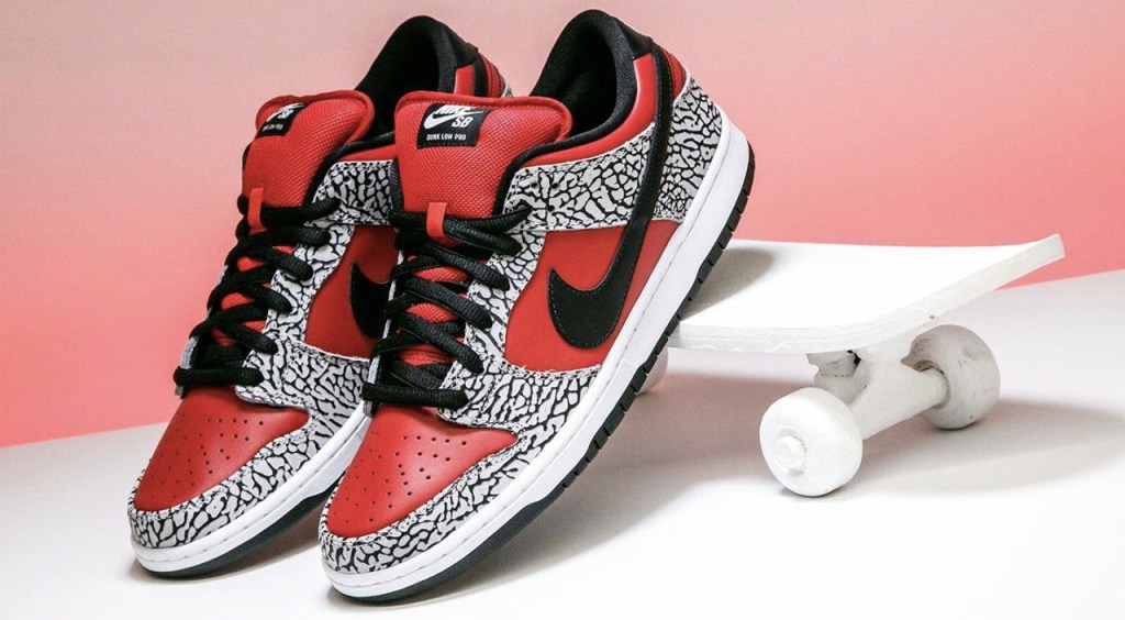 History of the Nike Dunk Supreme collaboration foot district