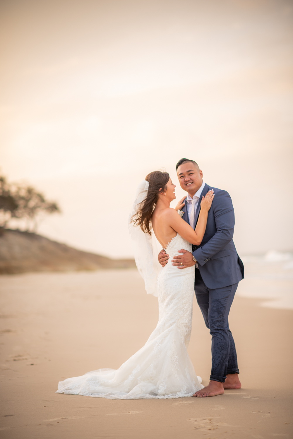 Emma and Jare | Stradbroke Island elopement | Home Beach sunset | Amity Point Cosy Cottages