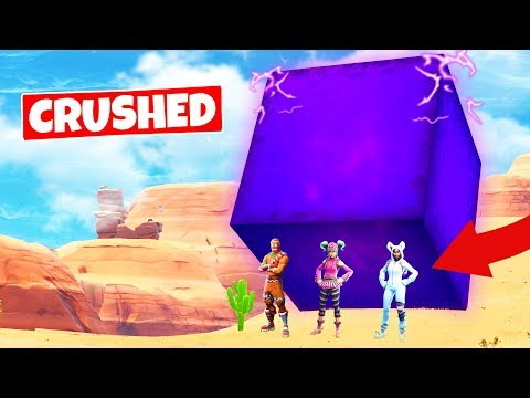 CRUSHED BY THE GIANT CUBE Its Moving Fortnite Battle