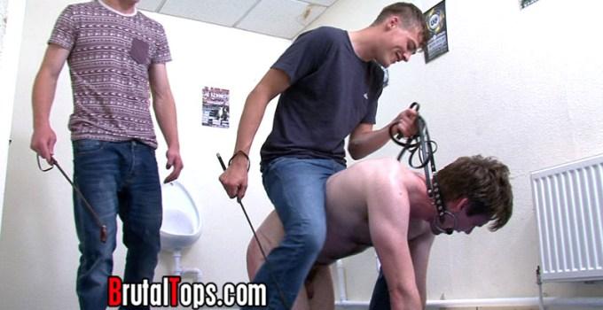 Weekly Roundup 9/04 — Painful Ponyboy Training and Loads of Humiliation!
