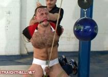Super Top Dave tames a burly Bear