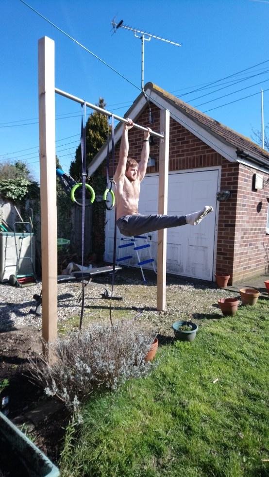 Hanging L