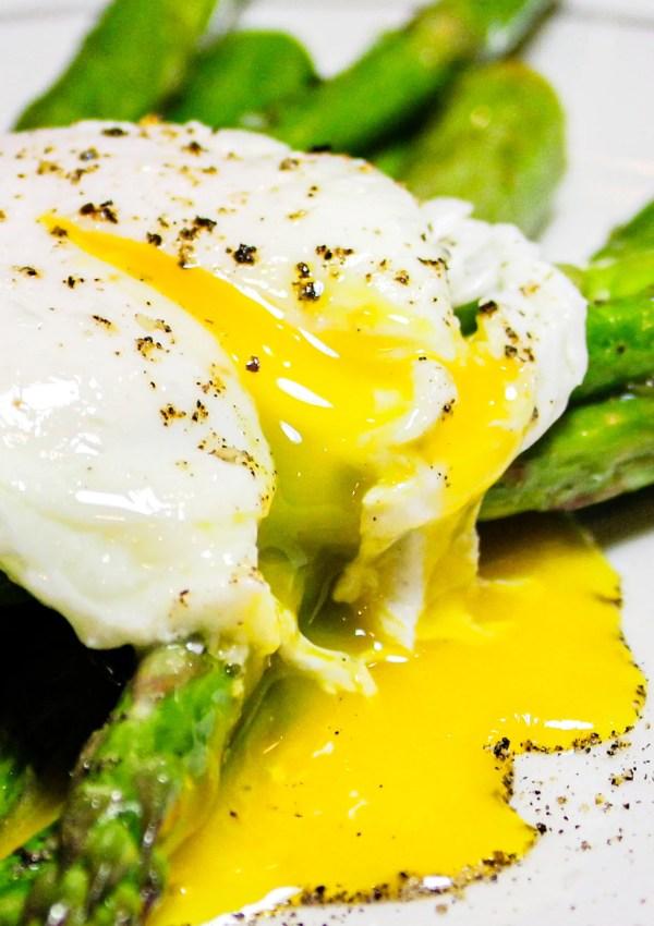 Poached Eggs with Lemon Asparagus