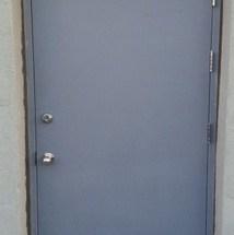 sarvuotos plienines durys
