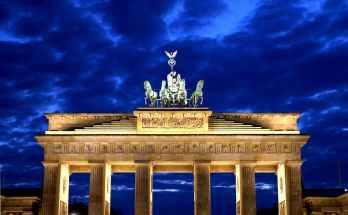 skrydziai i berlyna