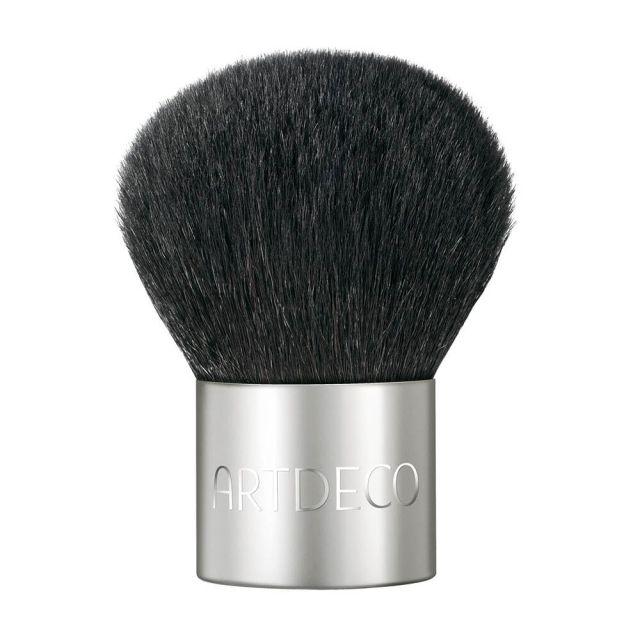 artdeco mineral powder foundation brush
