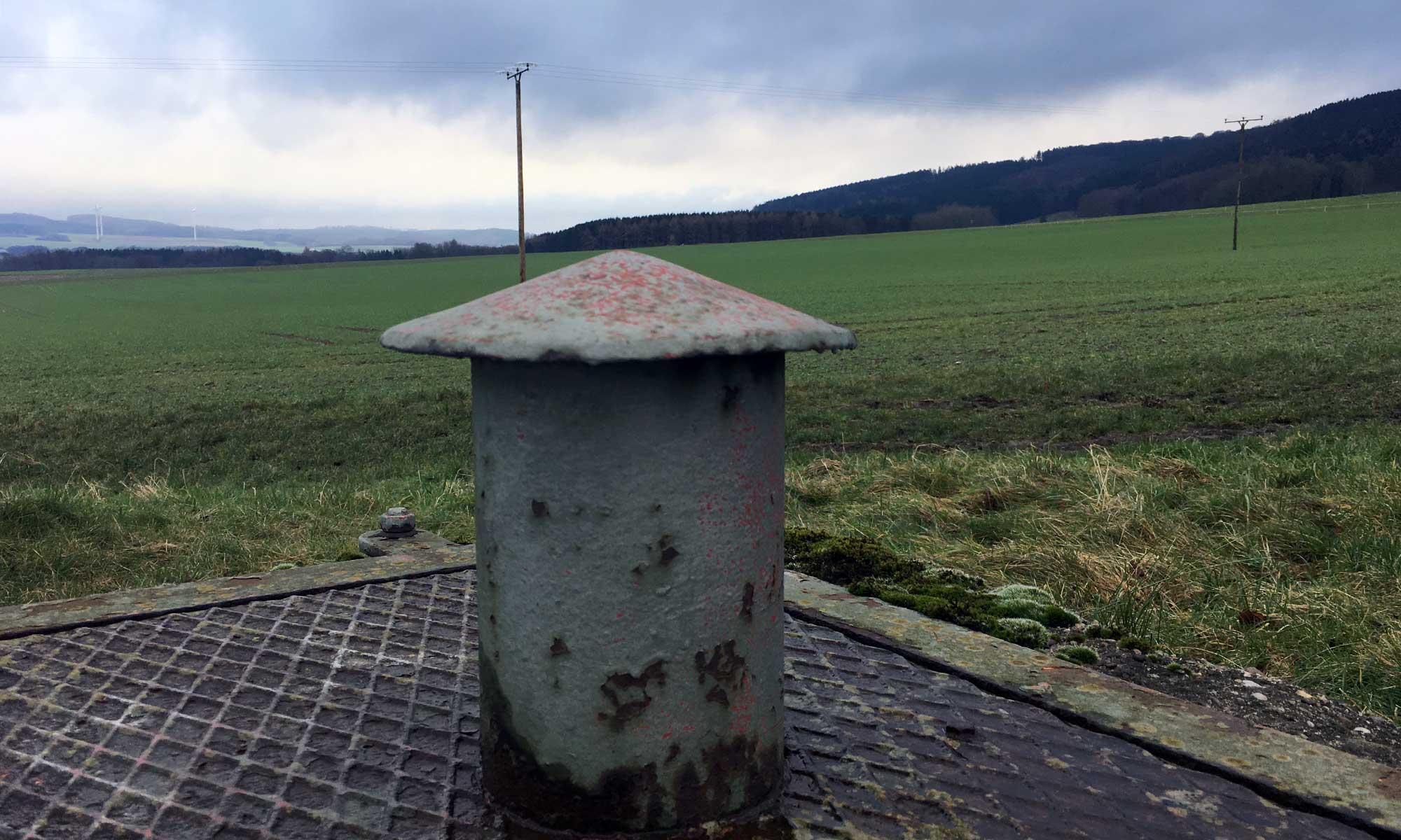 Eisenplatte mit Türmchen