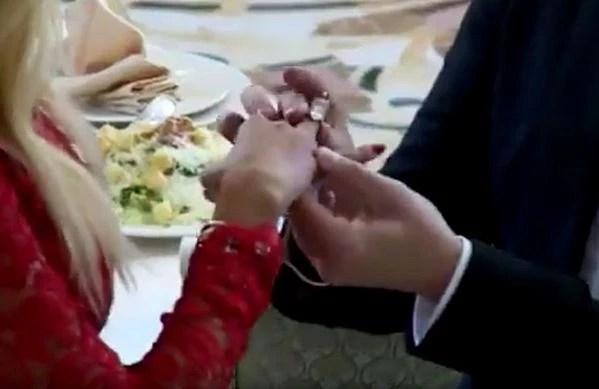 Свадьба армена джигарханяна с виталиной фото очередью