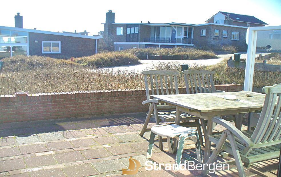 Appartement in Bergen aan Zee Pimpernel 1 met zonnig terras