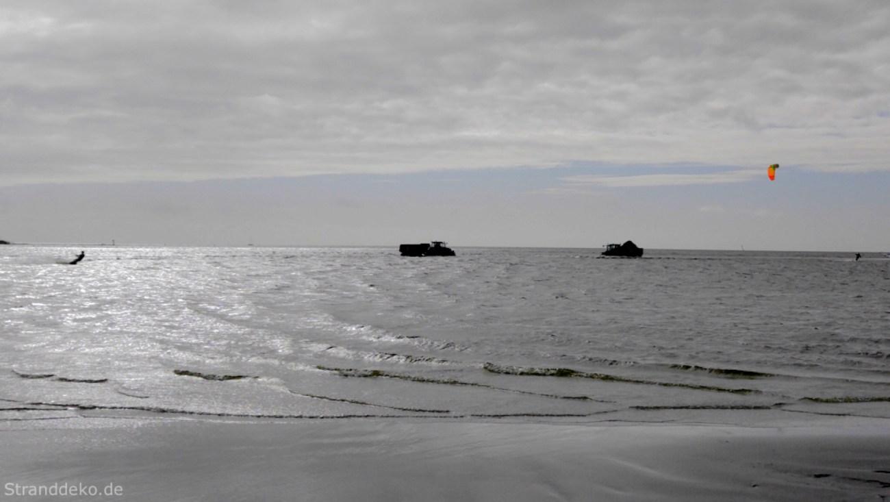 bagger im ijsselmeer - Ostergrüße