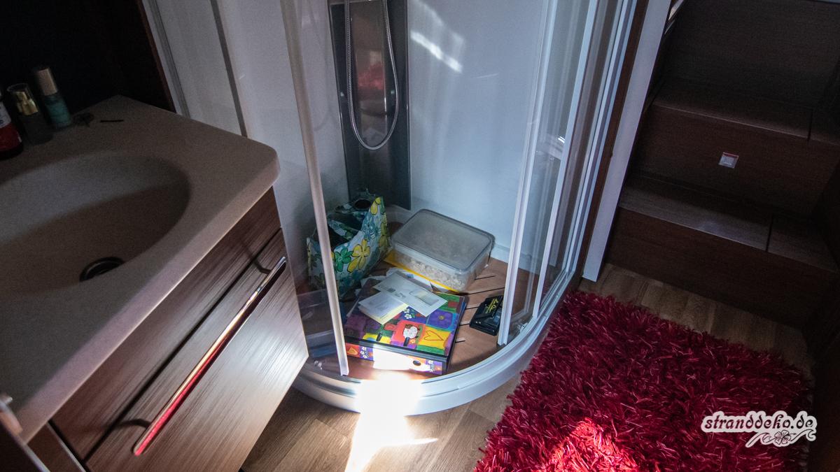 180506 StranddekoCastle Welcome 018 - Umzug mit Wohnmobil - die Marilyn bekommt ihr eigenes Duschhaus
