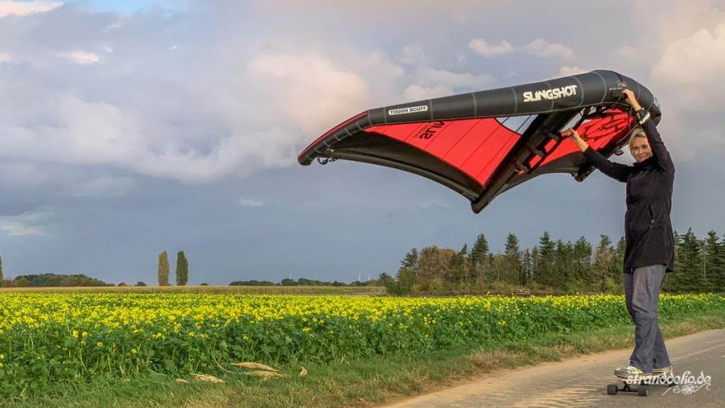 190927 Wingsurf 006 1024x576 - Stranddeko lernt Wingsurfen!