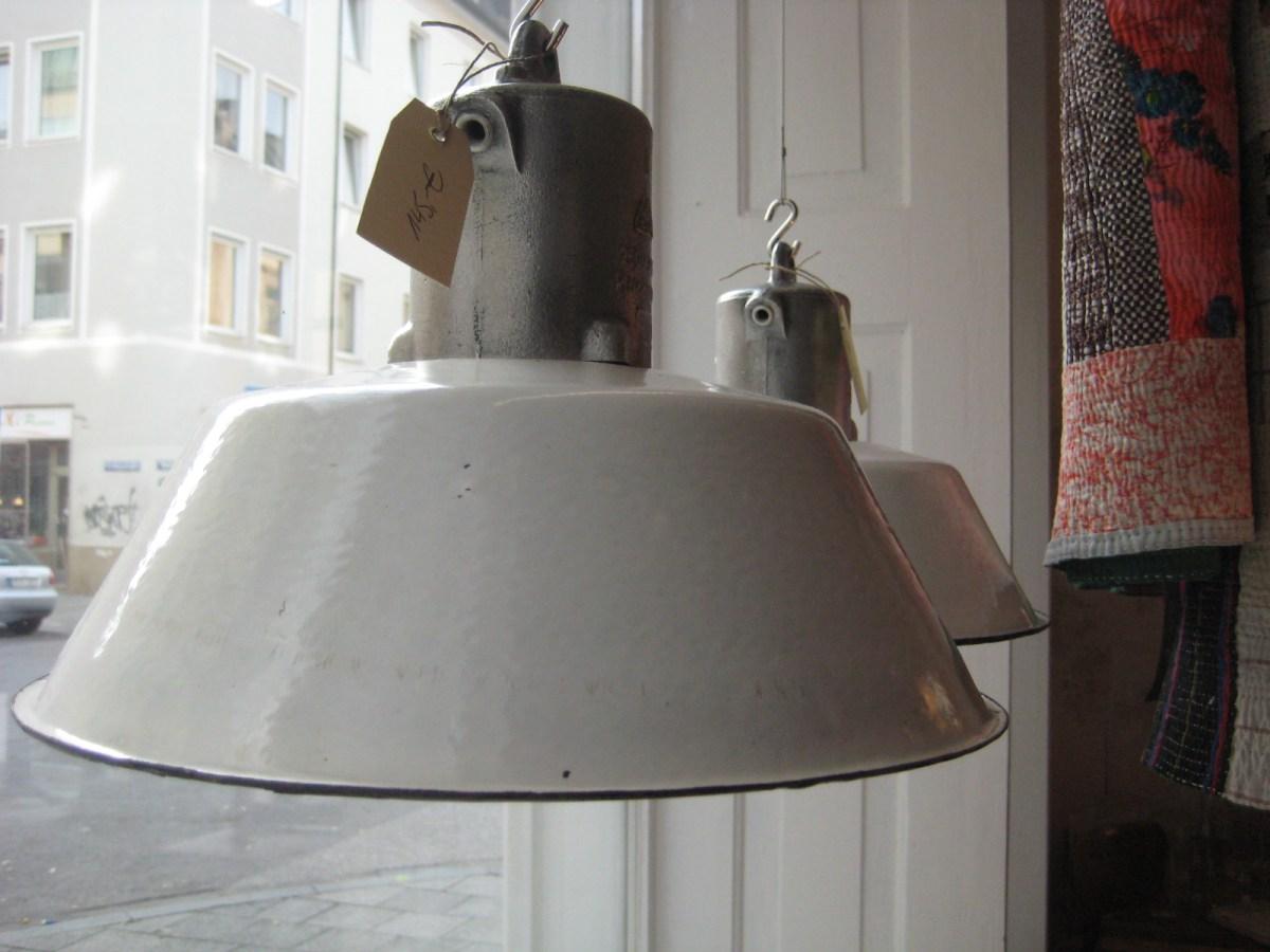 unikates vintage Industriedesign, Bauhaus, Rowac, Industriemöbel, unikat, vintage, Industriedesign Lampen, Emailelampe, Fabriklampe, Esstischlampe, alte Lampe