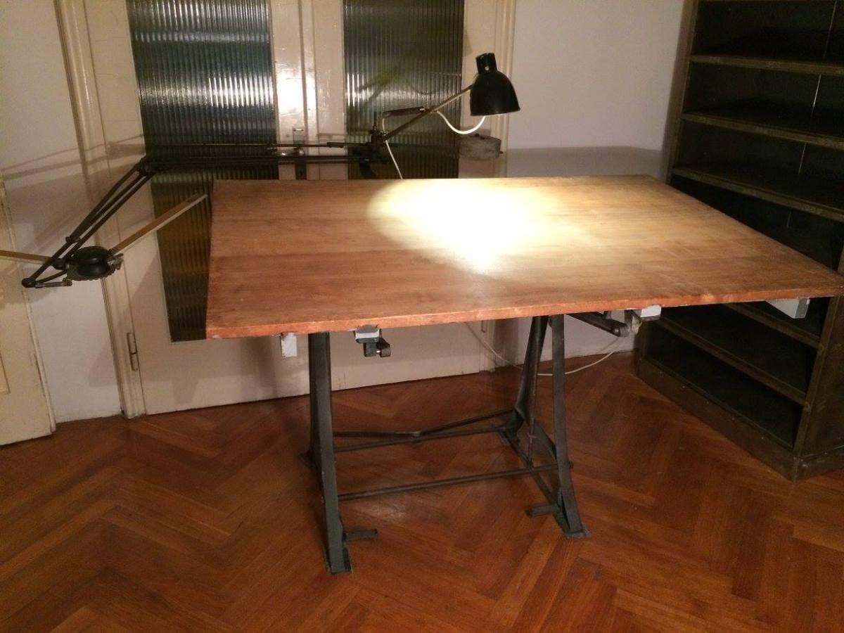 Tisch&Tischlampe-vintage-industriedesign-strandgut-muenchen