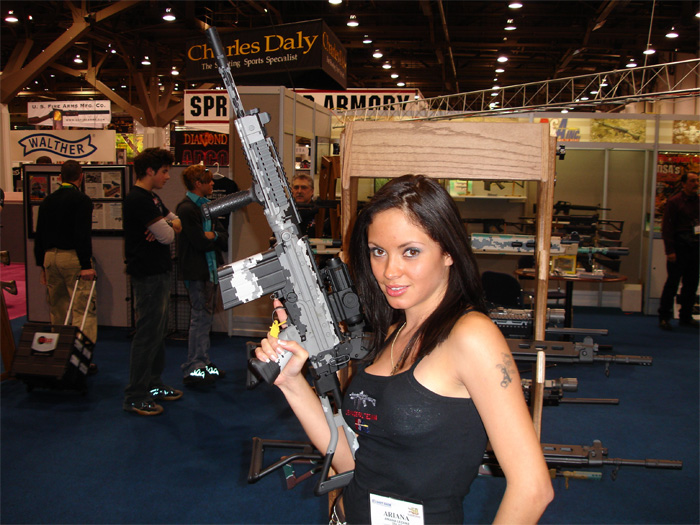 Guns Wallpaper Hd Girls With Guns Strange Beaver