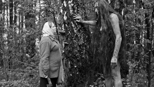 """Кадр из фильма """"Небесные жены луговых мари"""""""
