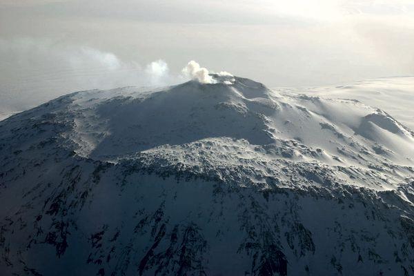 Όρος Έρεβος, το ενεργό ηφαίστειο της Ανταρκτικής
